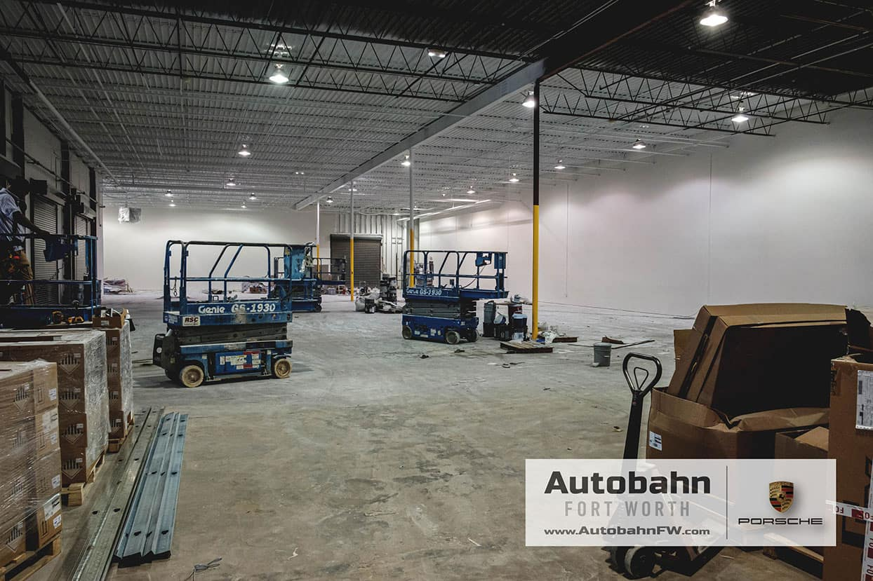 Autobahn Porsche Fort Worth | New Pre-Owned Facility!