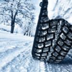 car-tires-on-snowy-road_b