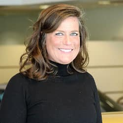 Kelly Lurz
