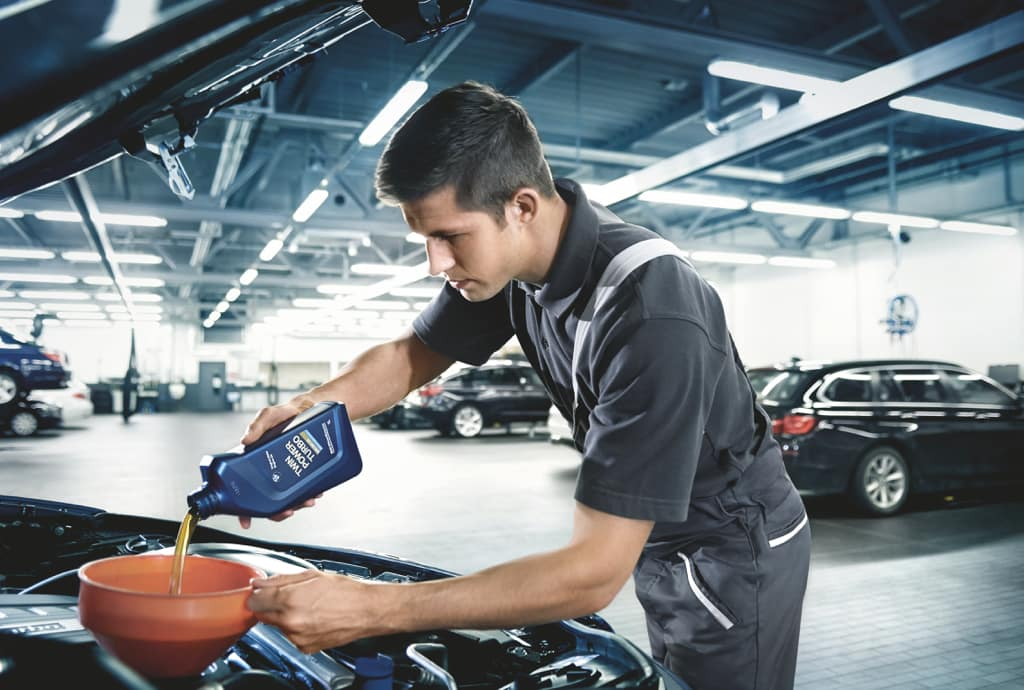 Our service center cares more than 15,000 cars, hybrids, and SUVs, and we would love the opportunity to care for you and your car today.