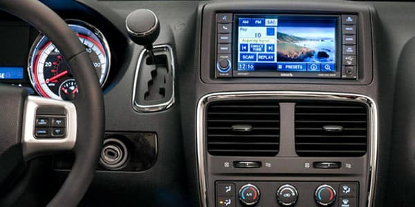 Technology features in the 2018 Dodge Grand Caravan at Champion CDJR near Brownsburg, IN