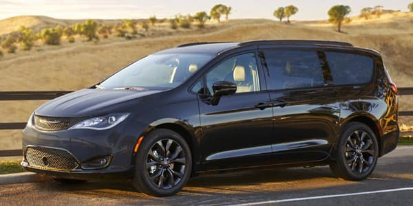 Pros and cons of buying a certified pre-owned car in Indianapolis, IN