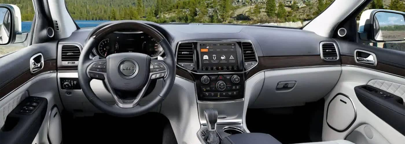 2019 Jeep Grand Cherokee Interior Dashboard
