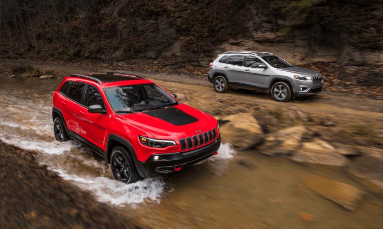 2021 Jeep Cherokee Driving Through Stream