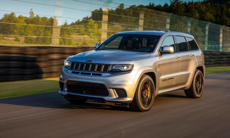 2021 Jeep Grand Cherokee Exterior in Motion