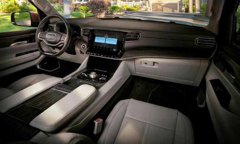 picture of 2022 Jeep Wagoneer Interior Front - Infotainment - Indianapolis, Indiana
