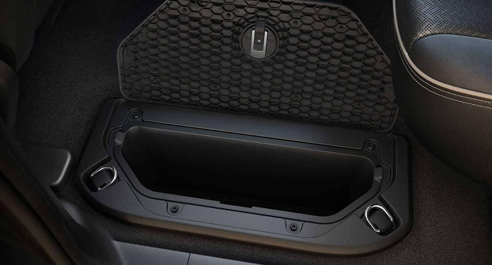 2019 Ram 1500 in-floor storage space