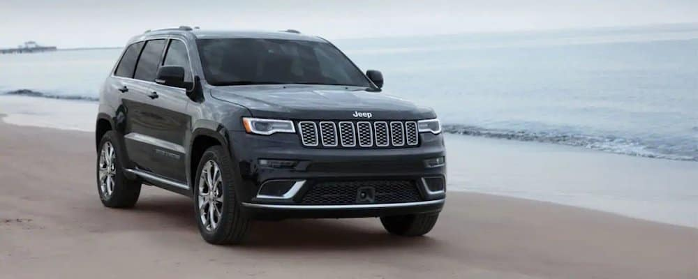 2019 grand cherokee on beach