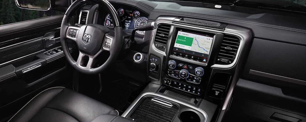 2018 ram 2500 front dash and interior
