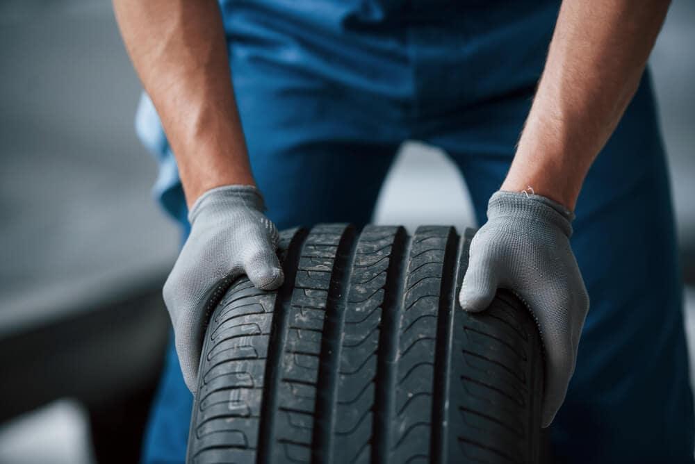 Inspecting Tires near Memphis TN