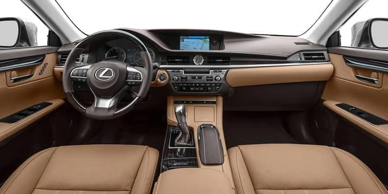 Lexus ES 350 Dashboard and Navigation