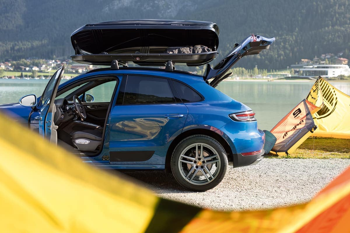 2019 Porsche Macan lift gate open