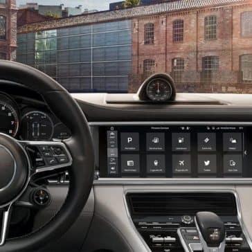 2019-Porsche-Panamera-Interior-Dashboard