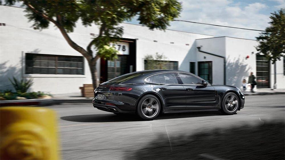 2019-Porsche-Panamera-on-Street