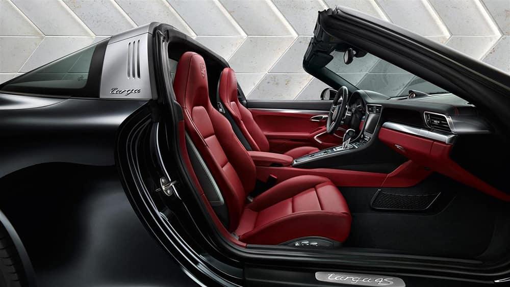 2018 Porsche 911 Targa 4 Interior