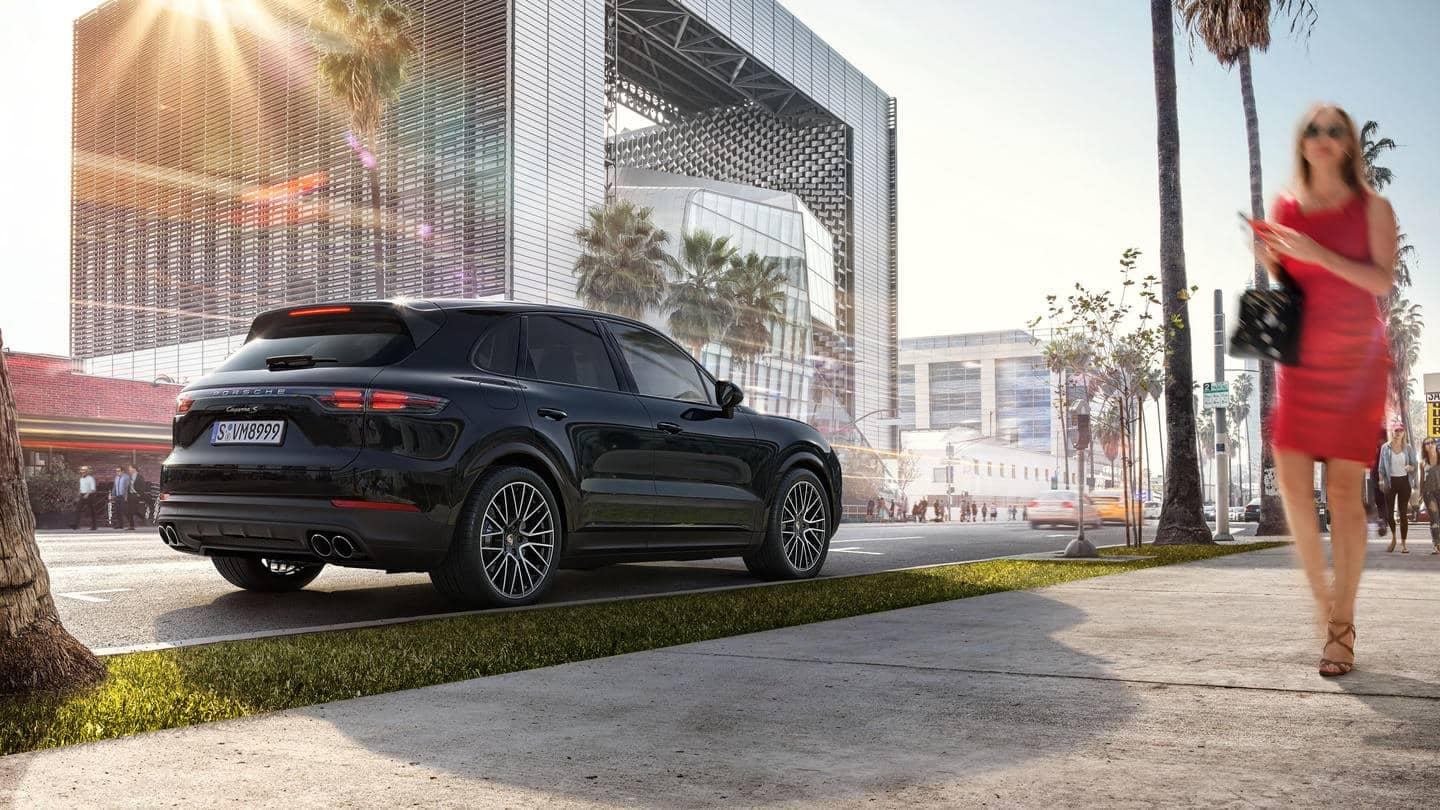 2019 Porsche Cayenne Parked on a City Street