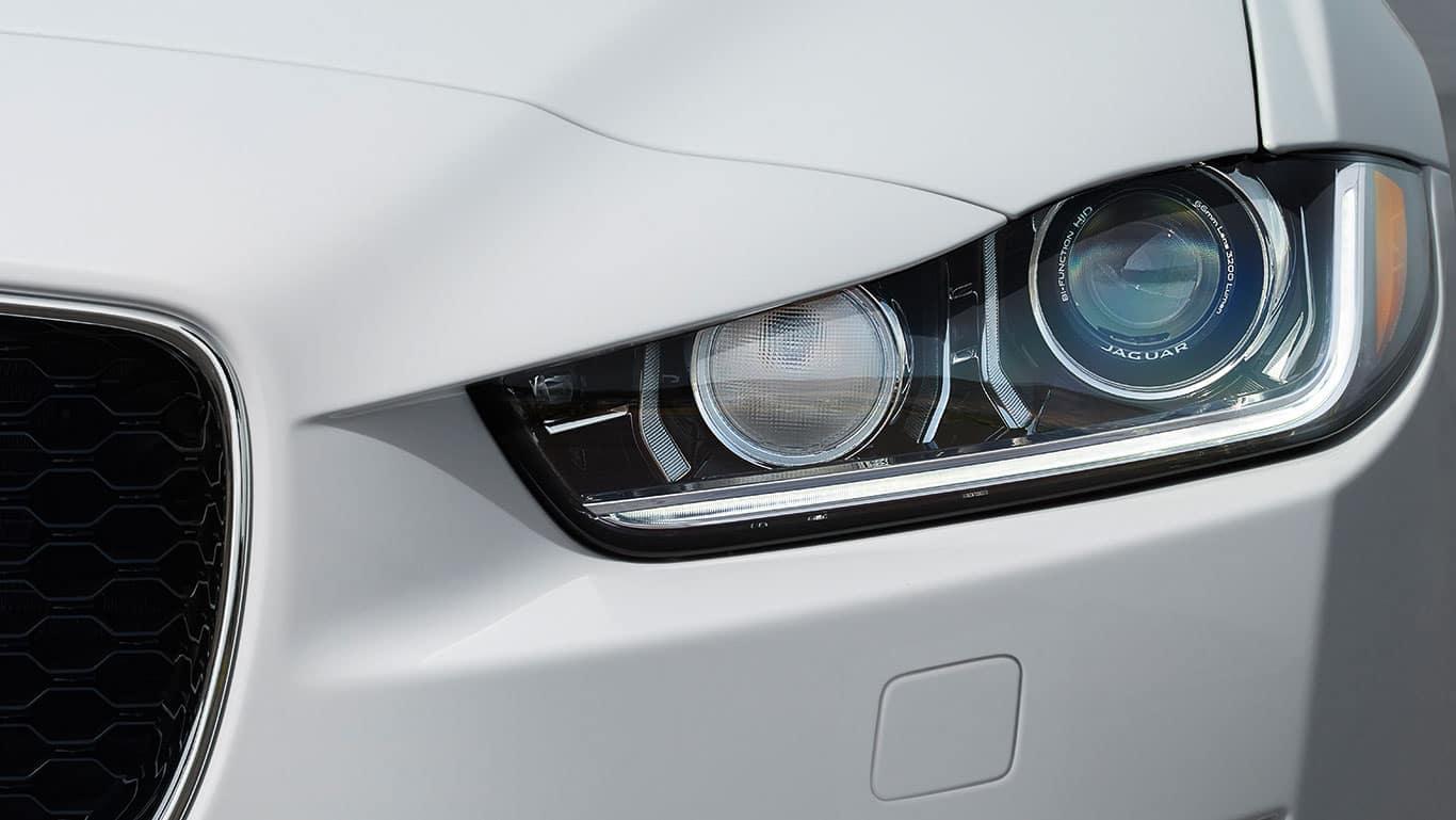 2018 Jaguar XE 3