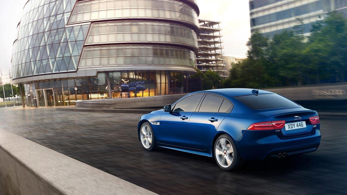 2018 Jaguar XE 6