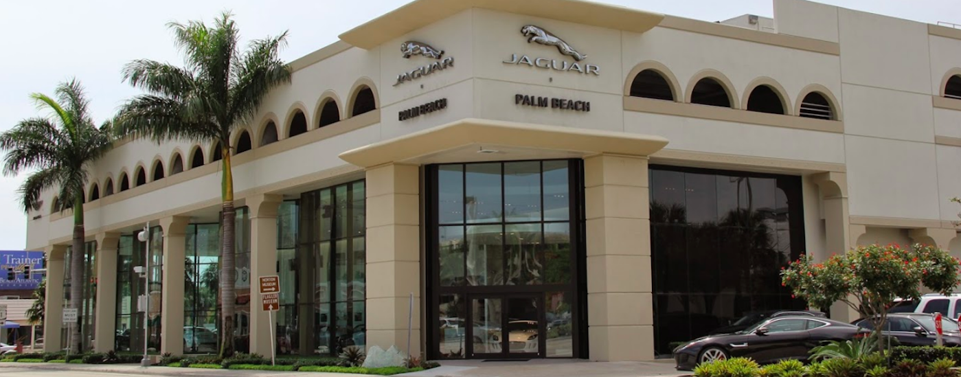 Jaguar Palm Beach exterior