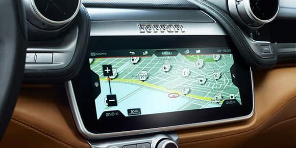 Ferrari GTC4Lusso Touchscreen