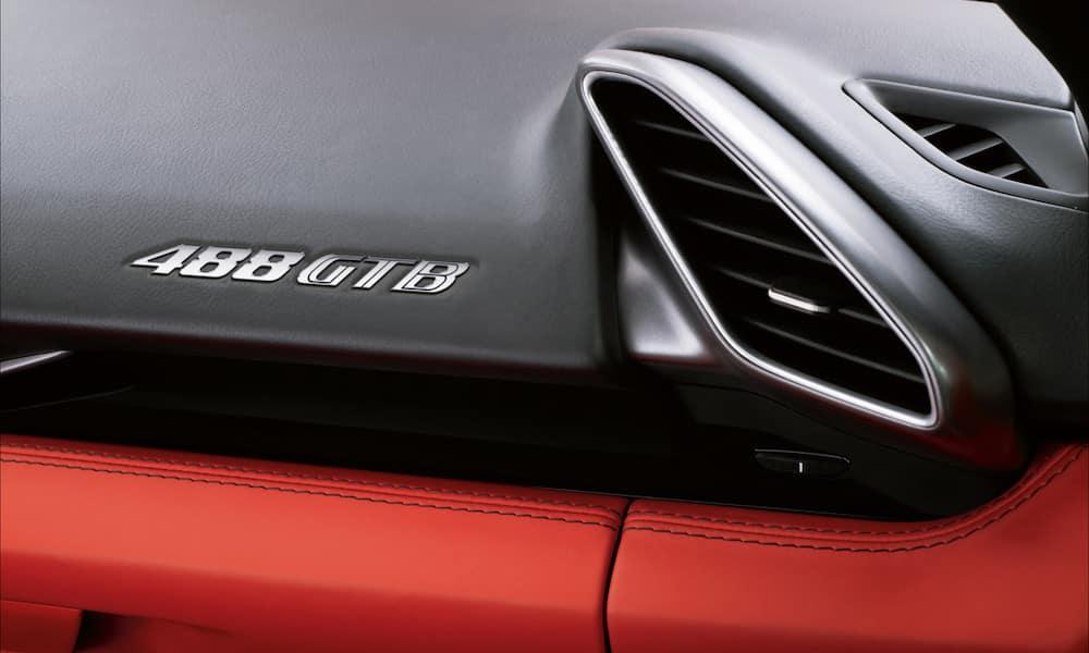 Ferrari 488 GTB Dash