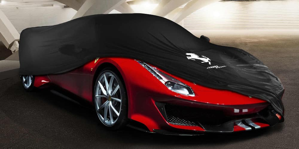 Ferrari Pista with Cover