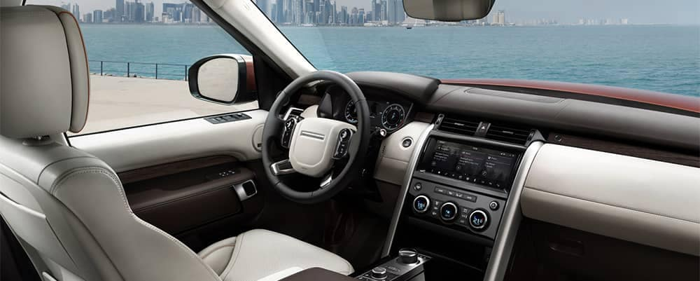 2019 Land Rover Discovery Interior Dashboard