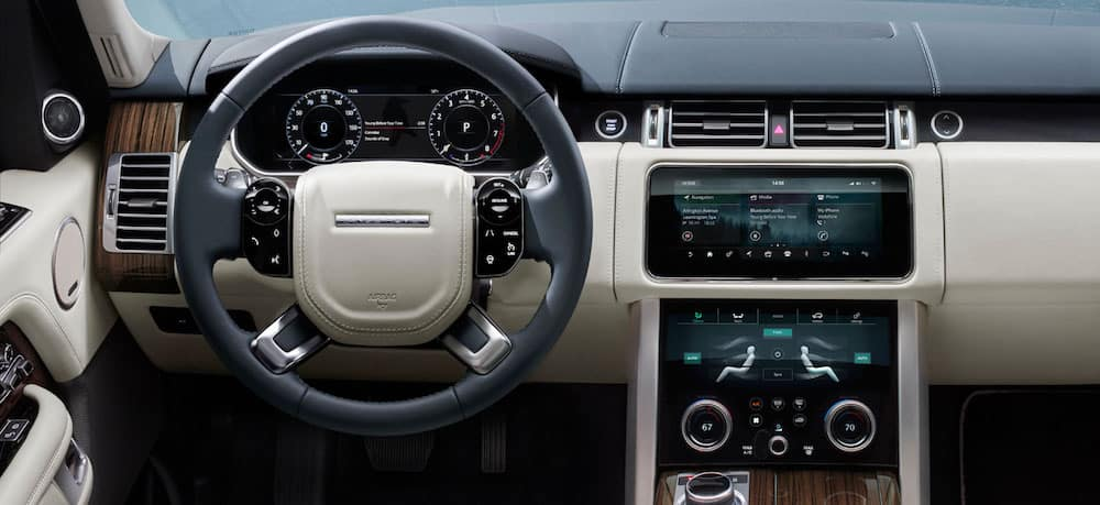 Range Rover dashboard and console interior