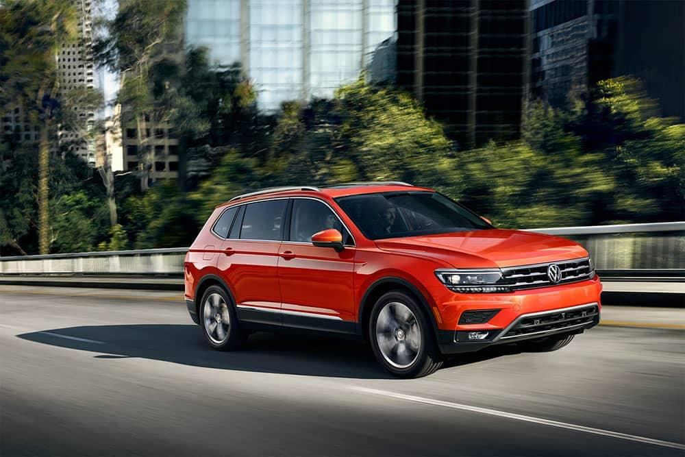 2019 volkswagen tiguan price pictures specs trims lithia volkswagen of des moines. Black Bedroom Furniture Sets. Home Design Ideas