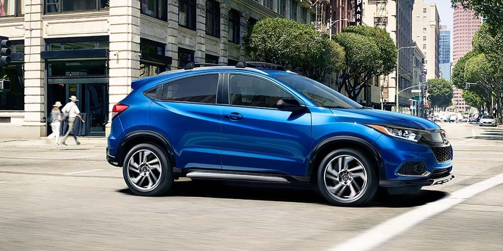 2019 Honda HR-V At Intersection