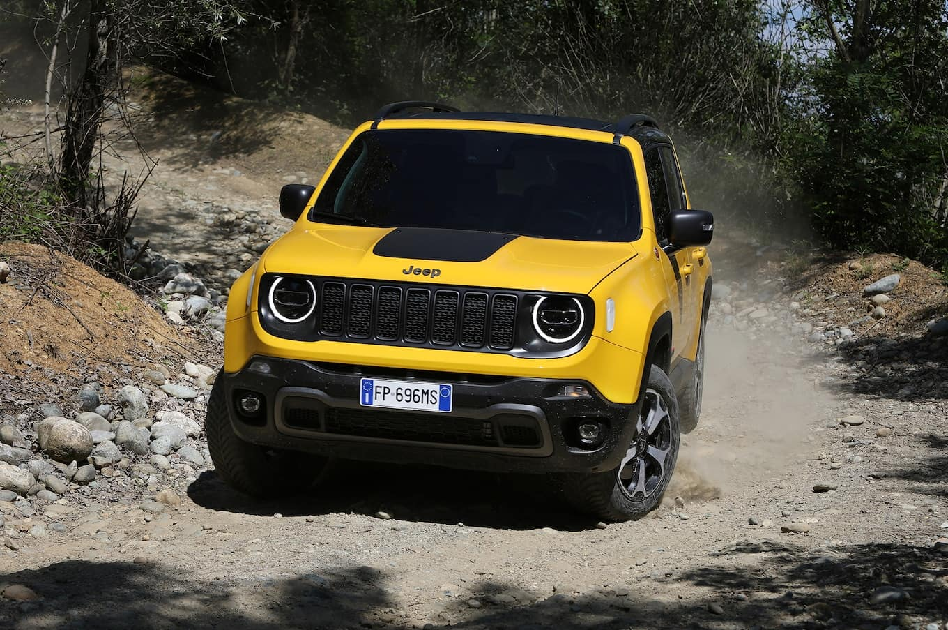 Jeep Announces Plug In Hybrid Version Of Jeep Renegade By 2020