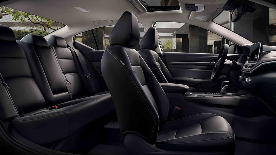 Interior Features of the New Nissan Altima at Garber in Bradenton, FL