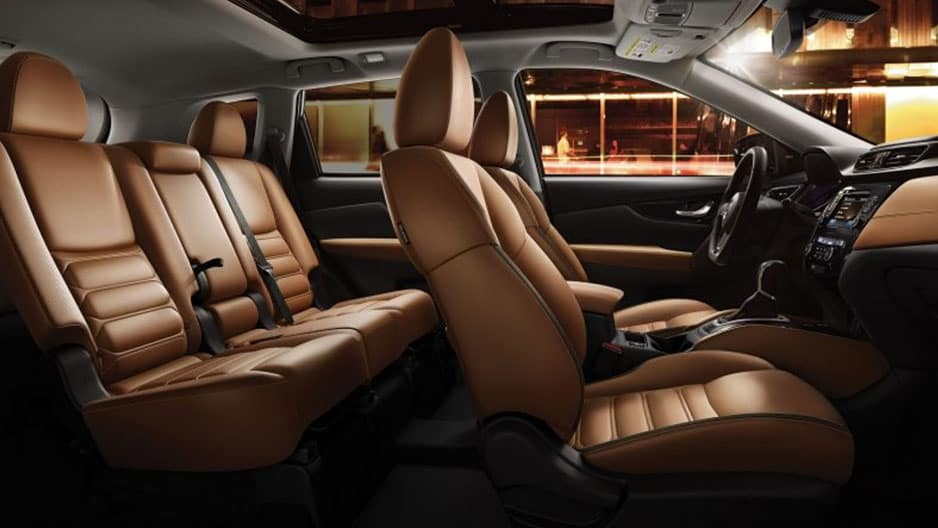 Interior Features of the New Nissan Rogue at Garber in Bradenton, FL