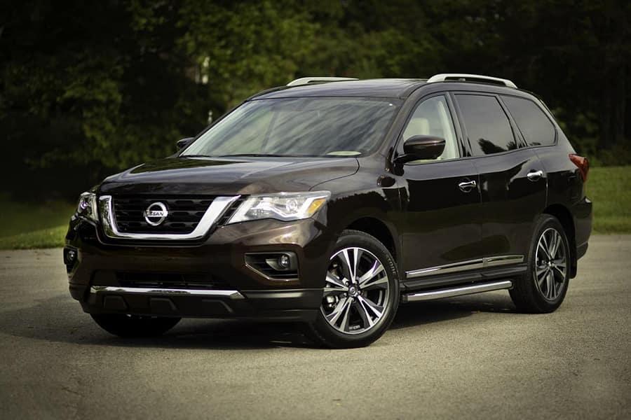 Nissan Armada Towing Capacity >> Nissan Armada Vs Nissan Pathfinder