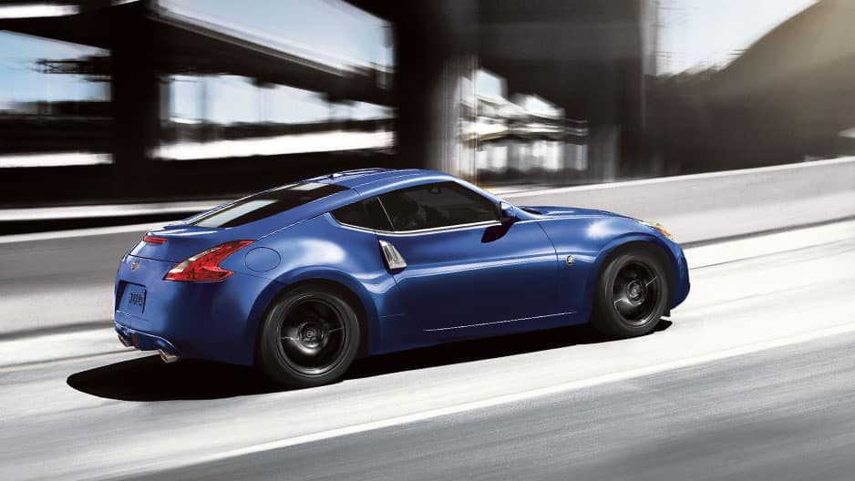 Performance Features of the New Nissan 370Z at Garber in Sarasota, FL