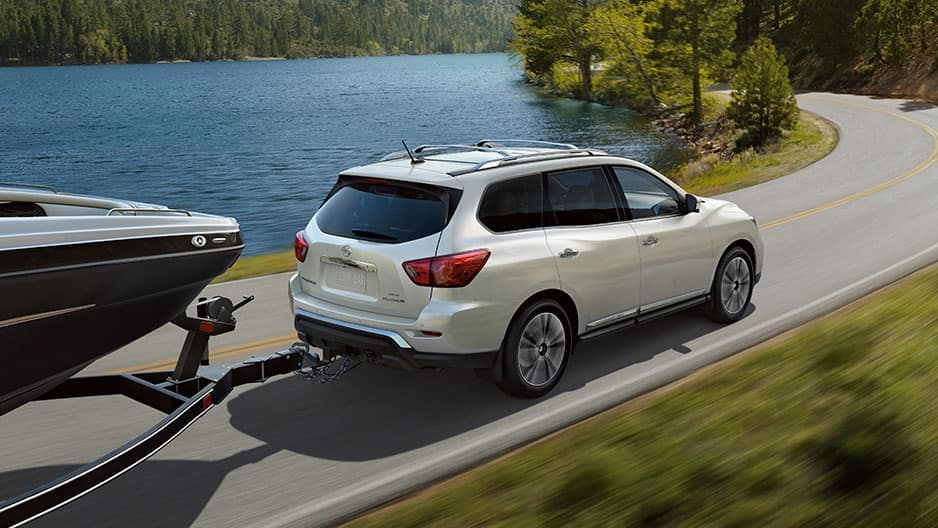 Performance Features of the New Nissan Pathfinder at Garber in Sarasota, FL