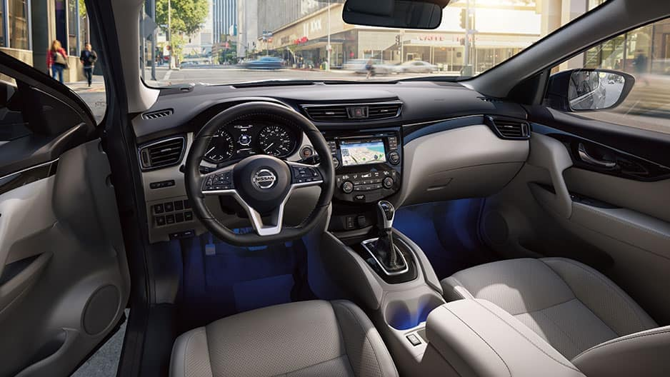 Interior Features of the New Nissan Rogue-Sport at Garber in Bradenton, FL