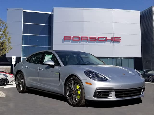End-of-Year Pricing on 2018 Porsche Panamera