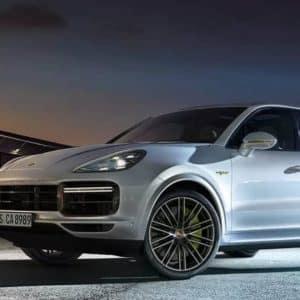 2020 Porsche Cayenne At Night