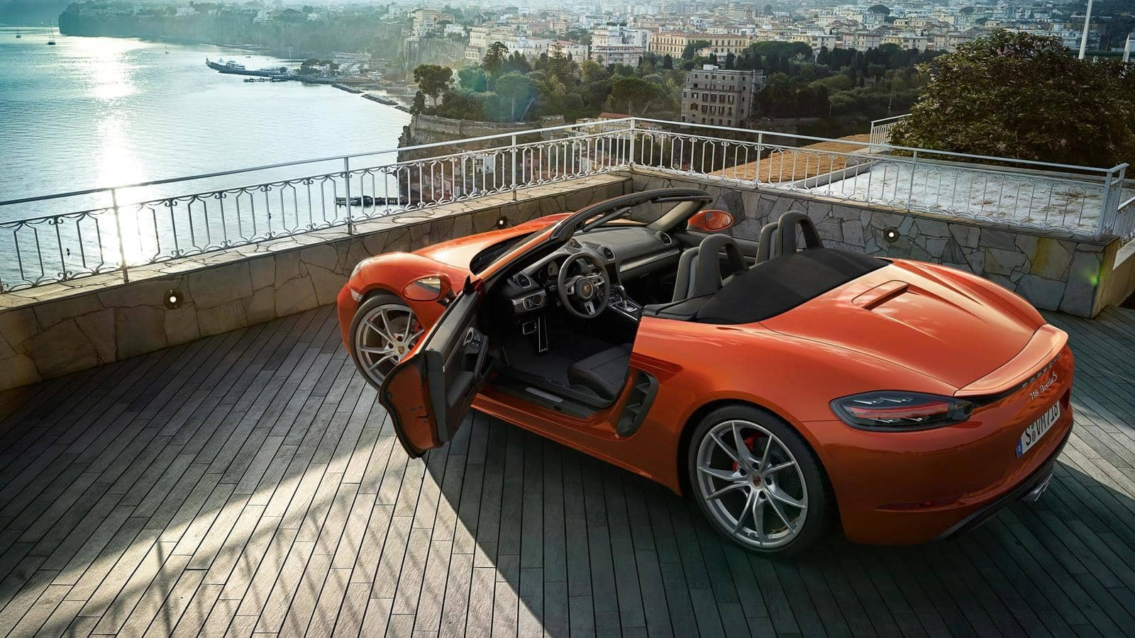 2018Porsche718Boxster with drivers door open