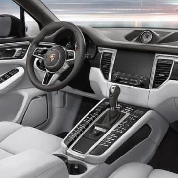 2018 Porsche Macan steering wheel