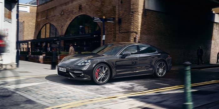2019 Porsche Panamera 2 WD
