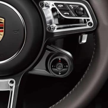 2019 Porsche 718 Cayman steering wheel