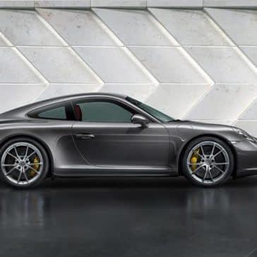 2019 Porsche 911 Carrera wall
