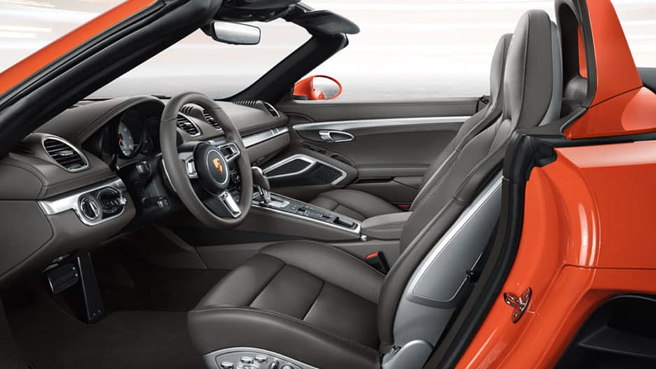 Interior Features of the New Porsche 718 Cayman at Garber in Rochester, NY