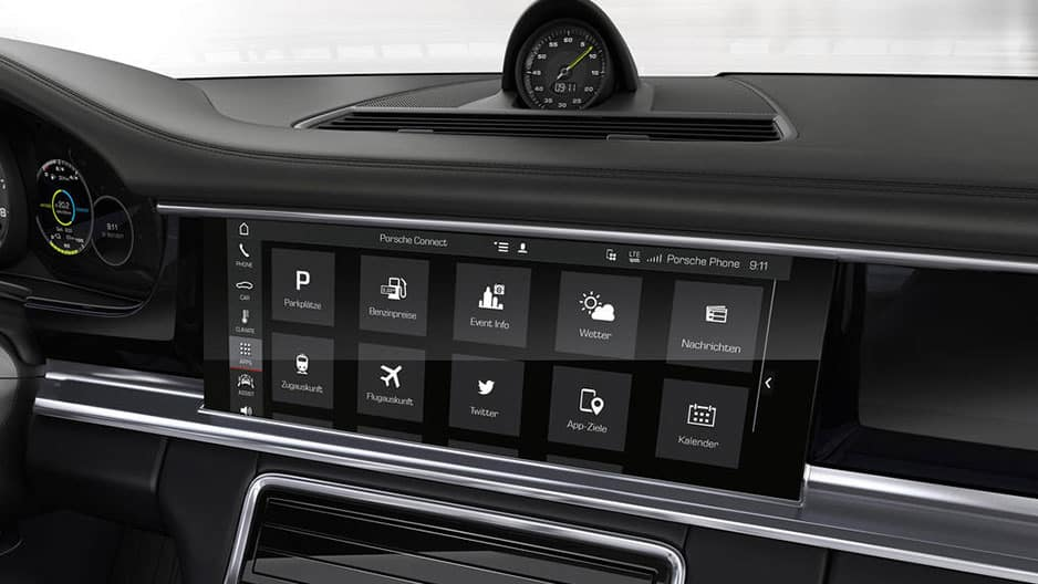 Technology Features of the New Porsche Panamera at Garber in Webster, NY