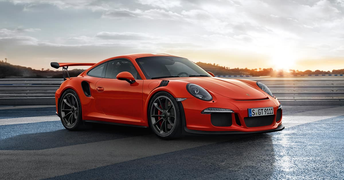 New 911 GT3 RS celebrates its World Premiere