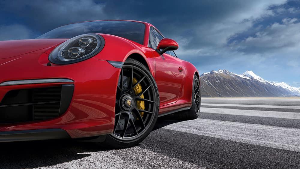 2018 Porsche 911 Red