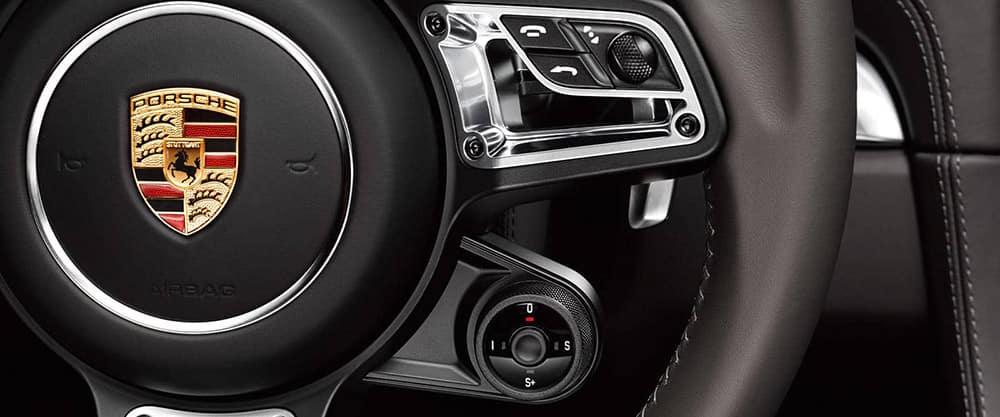 2018 Porsche 718 Cayman Interior steering wheel