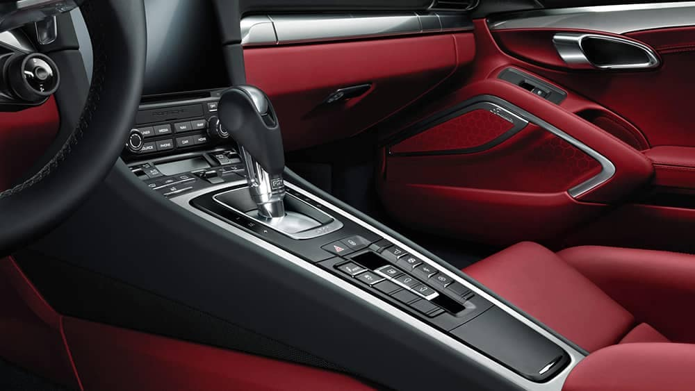2020 Porsche 911 Features